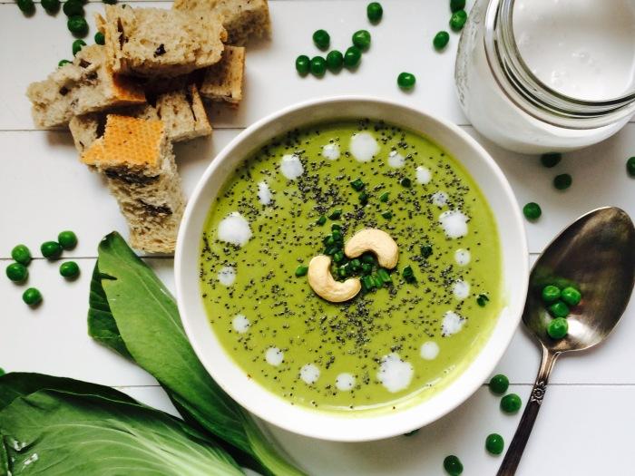 Crema verde con pak choi y leche de coco (1).jpg